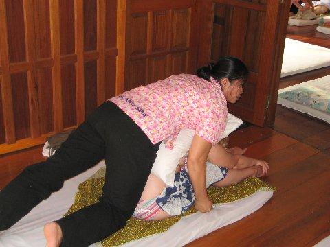 kaula tatuointi thai hieronta